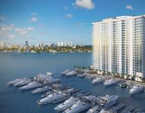 Marina Palms Yatch Club & Residences