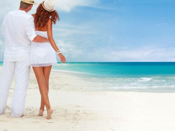 Belas praias de Anguilla têm inspirado casais apaixonados