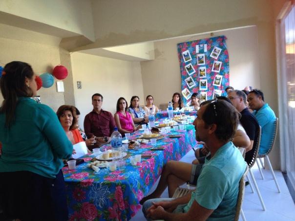 Participantes aprendem a manipular alimentos e até promover um cardápio saudável para o café da manhã