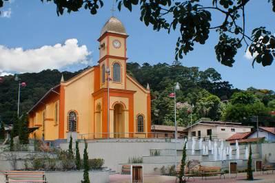Igreja matriz de Santo Antônio do Pinhal (SP)