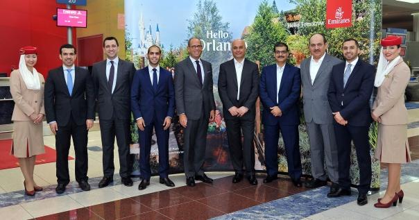 Delegação da Emirates recebe o voo inaugural em Orlando