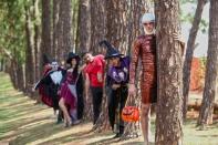 A equipe de recreação do Mavsa Resort torna a festa de Halloween ainda mais divertida