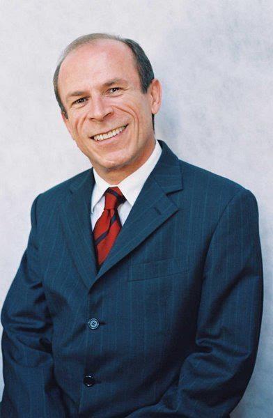 Executivo também atua como gerente geral do Vivence Suítes Hotel, empreendimento do grupo na capital goiana