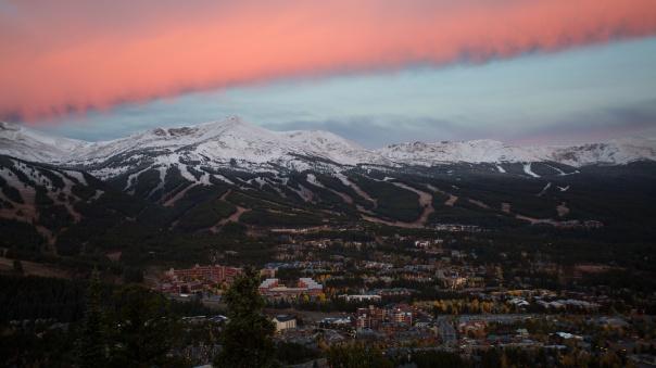 Com a chegada da neve, os preparativos para a temporada de esqui em 'Breck' estão a todo vapor