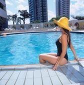 Hotel Continental Inn - Piscina