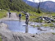 Mountain Bike também é opção para os aventureiros que querem conhecer Huilo Huilo